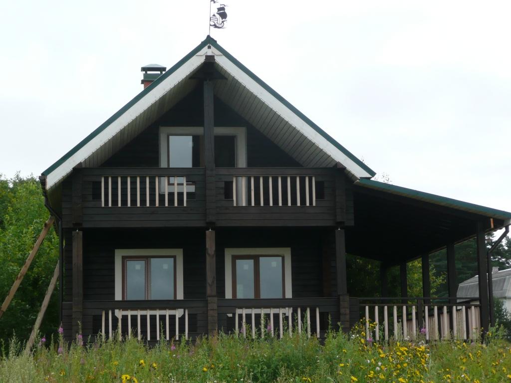 Типовые и индивидуальные эскизы двухэтажных домов из бруса